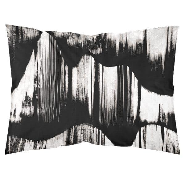 mustavalkoinen tyynyliina, suomalaista suunnittelua