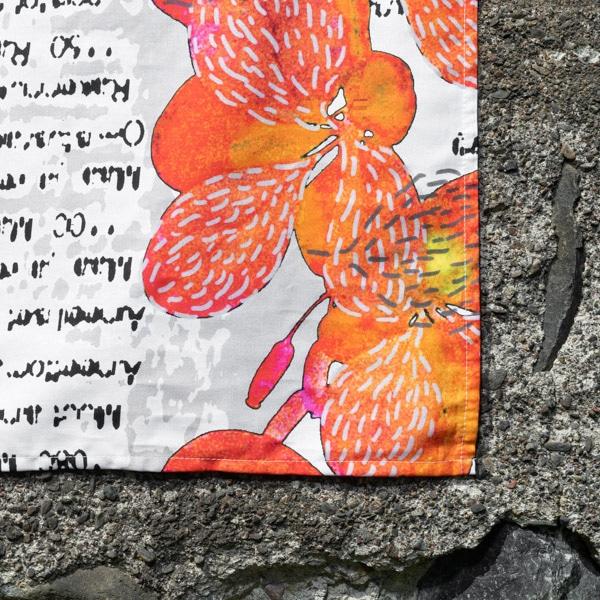 oranssi kaitaliina, yksityiskohdat