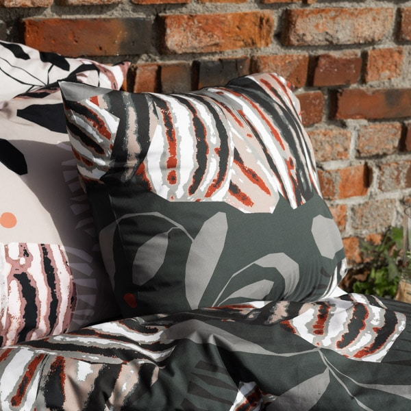 kotimainen tyynyliina, harmaa
